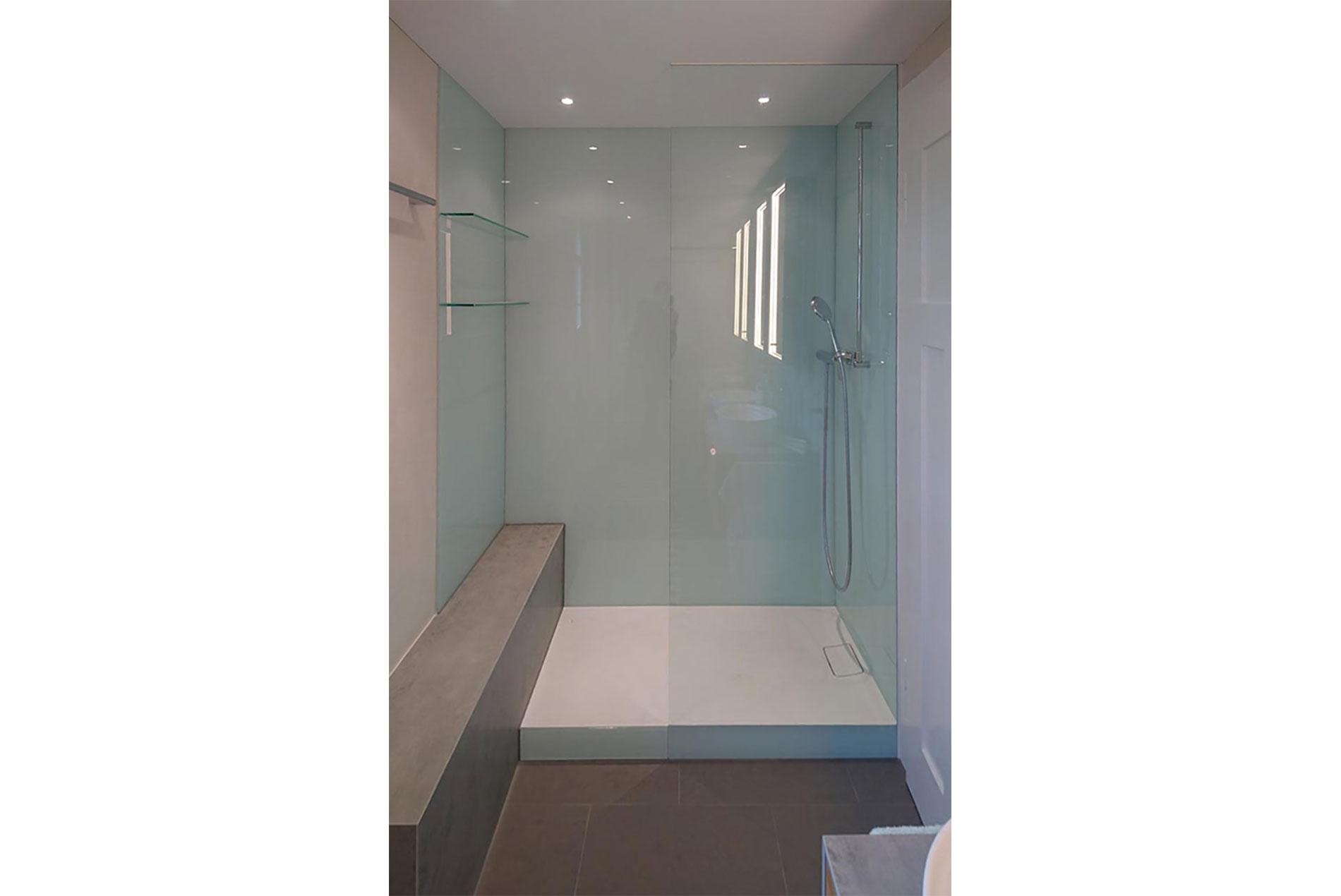 Sanierte Dusche (Umbau Siebertz)